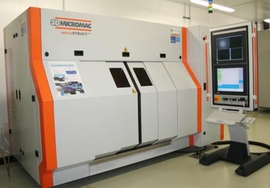 Pultsu ultralaburreko laser bidezko mikroprozesaketarako estazioa