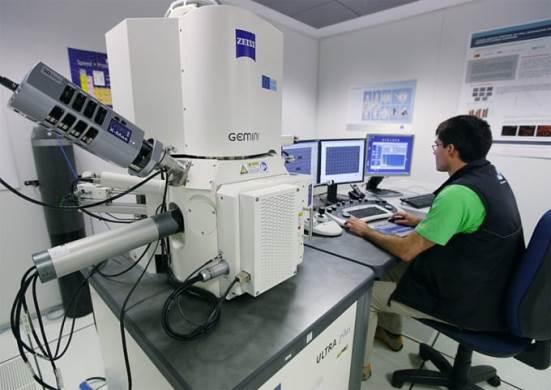 Scanning electronic microscope (SEM)