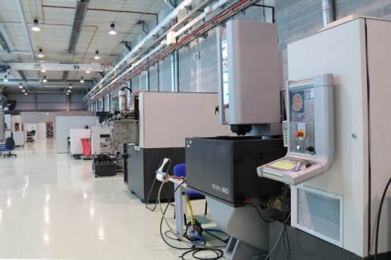 ONA NX3 machine using electroerosion by penetration (SEDM)