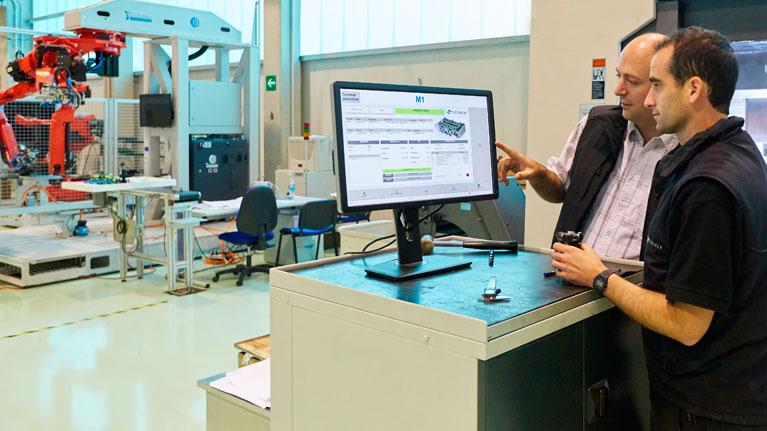 Maintenance, Big Data, Servitization, smart factories, connected equipment
