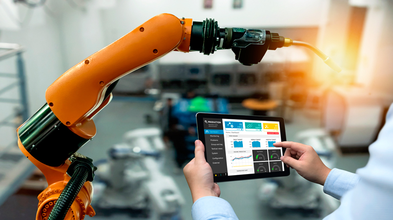 Industry 4.0, machine tool, digitization of products and services