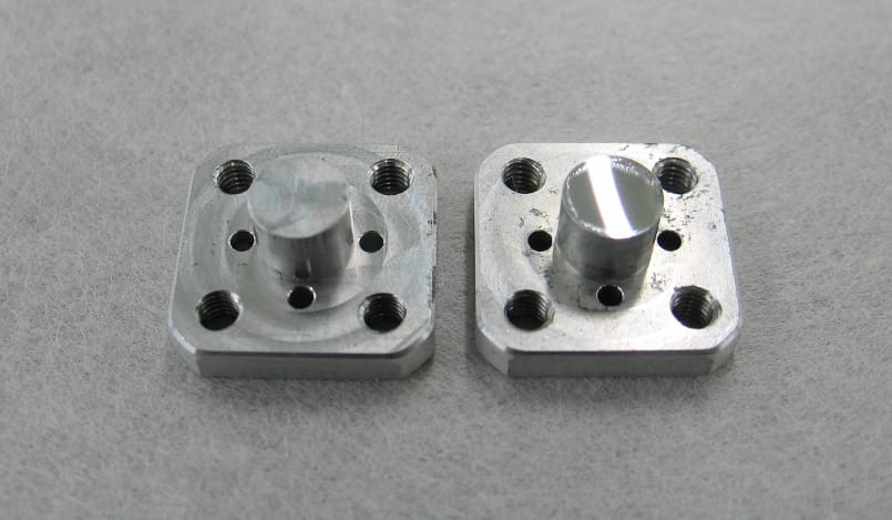 Manufacture of moulds for the production of very small-sized lenses