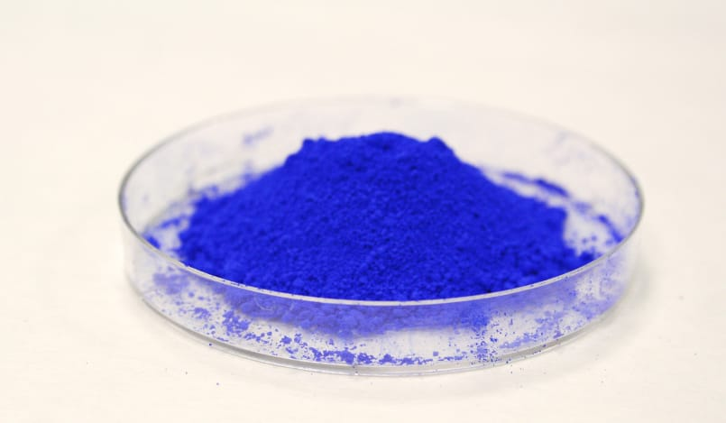 Intelligent pigments that prevent corrosion, repel bacteria and regulate the temperature