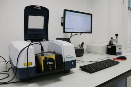 FT/IR-4700LE Fourier Transform Infrared Spectroscopy