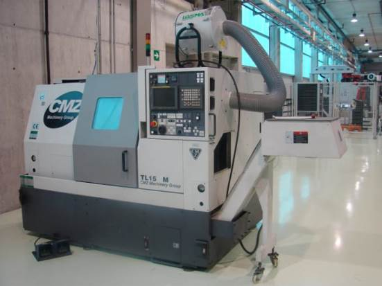 CNC lathe – various systems for the refrigeration/lubrication of the cutting