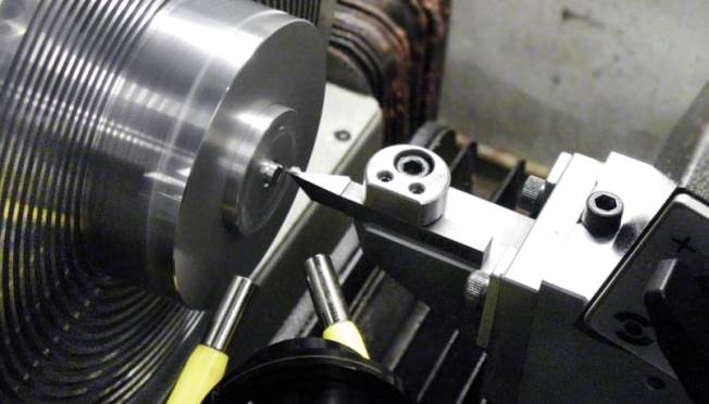 Precitech Nanoform 200 turning lathe