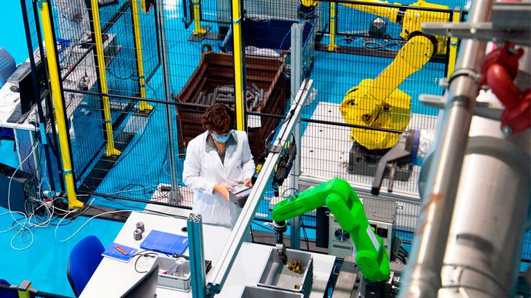 Colaboraciones que funcionan, MOM Expertise center, Industria 4.0