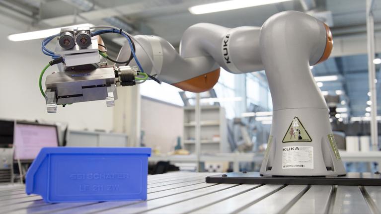 Elkarlaneko robotika, logistika