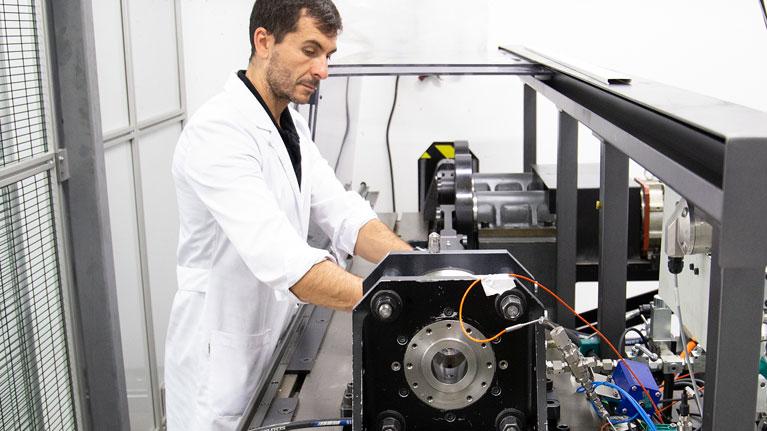 Open innovation test bed, tribología, materiales avanzados